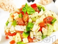 Тунизийска салата с краставици и риба тон